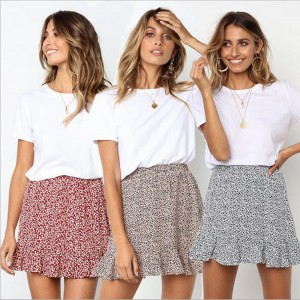 Printed Wave Point Pleated Short Skirt
